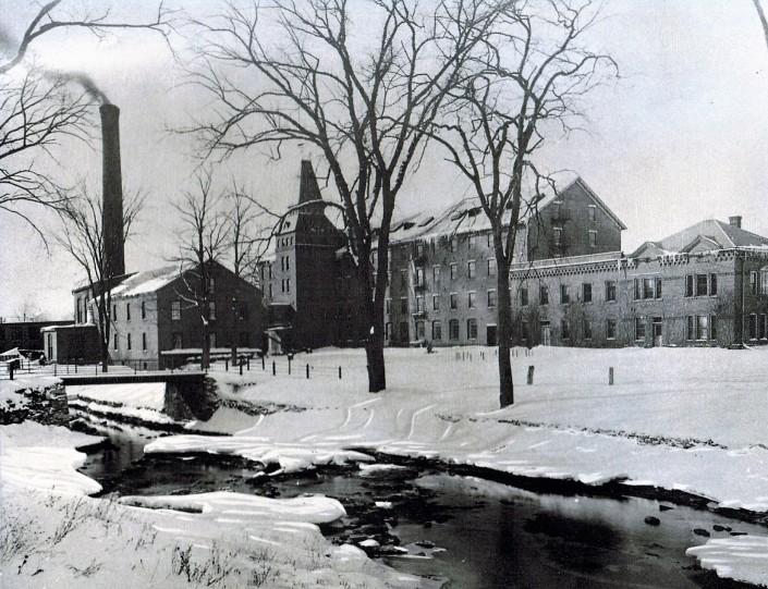 Pontoosuc Woolen Mill, 1890s